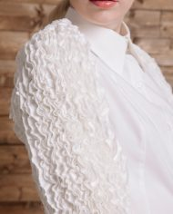 ms-lookbook-glam-white-ruffle-shirt-detail2